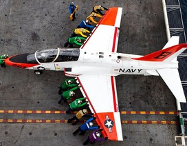 Giải mã hệ thống mã màu của thủy thủ tàu sân bay Mỹ