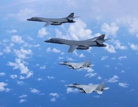 Mỹ điều máy bay ném bom tập trận cùng Nhật Bản sát sườn Triều Tiên