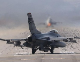 3 máy bay chiến đấu của Mỹ hạ cánh khẩn cấp ở Nhật Bản