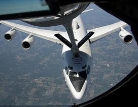 """Máy bay """"ngày tận thế"""" của Mỹ bất ngờ đồng loạt cất cánh"""