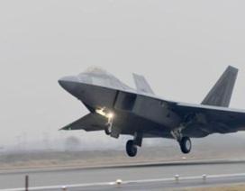 """Triều Tiên phóng tên lửa """"quái vật"""", Mỹ-Hàn tập trận không quân lớn chưa từng có"""