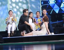 """Cẩm Ly nghẹn nghào, Đoan Trang nhận """"thua"""" bé 10 tuổi hát hit Tùng Dương"""