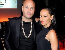Mel B và chồng thống nhất ly dị sau 9 tháng tranh cãi