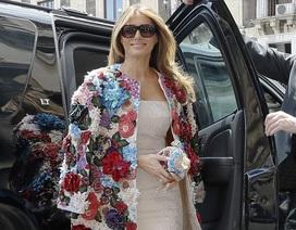 Melania Trump gây choáng với áo khoác gần 52 nghìn USD
