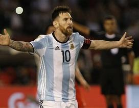 FIFA chính thức treo giò Messi 4 trận vì lăng mạ trọng tài