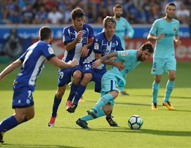 Alaves 0-2 Barcelona: Cú đúp của Messi