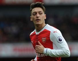 Arsenal lạc quan trong việc giữ chân Mesut Ozil