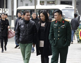 Dàn diễn viên Táo quân buồn bã đến viếng mẹ NSƯT Quốc Khánh