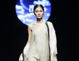 Xu hướng thời trang tối giản lên ngôi tại Tuần lễ thời trang Xuân Hè 2018