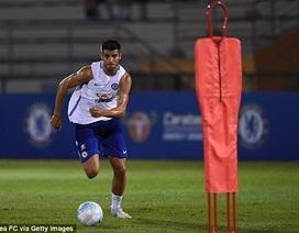 """""""Bom tấn"""" Morata tức tốc đến Singapore, tập luyện cùng Chelsea"""