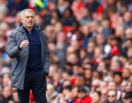 Mourinho đầu hàng ở cuộc đua top 4 Premier League
