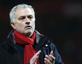 MU mất phạt đền, HLV Mourinho nổi điên với trọng tài