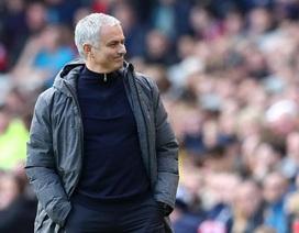 Mourinho kiếm tiền nhiều gấp đôi Pep Guardiola