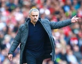 MU bại trận, HLV Mourinho lên tiếng chế giễu Arsenal
