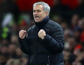 """Sir Alex Ferguson: """"Mourinho tuyệt vời nhưng thiếu may mắn"""""""