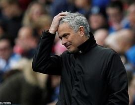 HLV Mourinho to tiếng với học trò trước đại chiến Tottenham