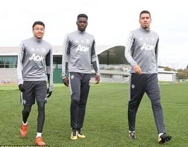 Bailly, Jones trở lại tập luyện cùng MU chuẩn bị đón Tottenham