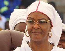 Đệ nhất phu nhân Zimbabwe biệt tăm khi chồng bị quản thúc