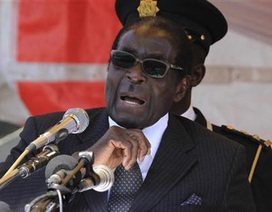 Tổng thống Zimbabwe bị buộc từ chức trong vài giờ tới
