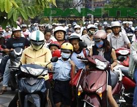 Sau 10 năm quy định đội mũ bảo hiểm: Hơn 90% người đi xe máy chấp hành