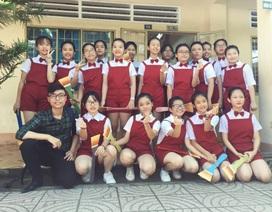 Sinh viên làm biên đạo múa