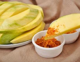 Ăn muối gấp đôi khuyến cáo, người Việt có nguy cơ mắc những loại bệnh nào?