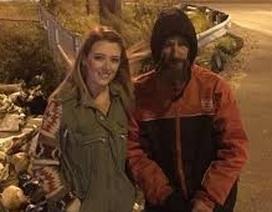 Cuộc sống trong mơ của người vô gia cư được trả ơn vì giúp 20 USD