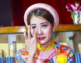 Hoa hậu Nam Em hé lộ chuyện chị gái bị người tình đồng tính đe doạ