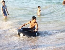 Khánh Hòa: 10.000 học sinh sẽ được học bơi mỗi năm trong nhà trường