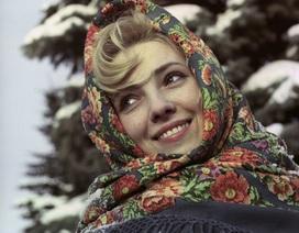 """Vẻ đẹp """"hút hồn"""" của phụ nữ Liên Xô"""