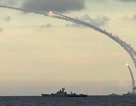 Tàu chiến Nga dội liên tiếp 6 tên lửa vào Syria