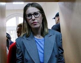 Nữ đối thủ tranh cử tổng thống của ông Putin có thể vi phạm tội hình sự