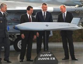 Mỹ chuyển gấp tên lửa hành trình JASSM-ER đến Ba Lan