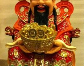 Vì sao người dân đổ xô đi mua vàng ngày vía thần Tài?