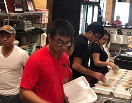 Người Việt ở Houston, Mỹ: Ấm lòng tình người trong bão lũ