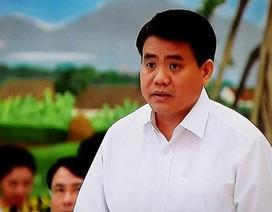 """Bộ trưởng Xây dựng và Chủ tịch Hà Nội """"chia lửa"""" câu hỏi về 8B Lê Trực"""