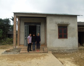 """Quảng Bình: Gia đình """"người hùng"""" tử nạn vì cứu người trong lũ đã có nhà mới"""