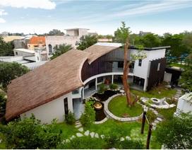"""Căn nhà mái lá """"vạn người mê"""" ở Biên Hòa"""