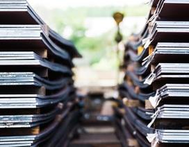Máy móc, sắt thép đổ bộ ồ ạt, Việt Nam nhập siêu lớn 2,7 tỷ USD