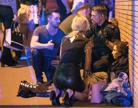 Nhân chứng vụ nổ tại Anh: Thi thể nằm la liệt trên sàn