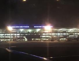 Cháy tủ điện trong sân bay Nội Bài