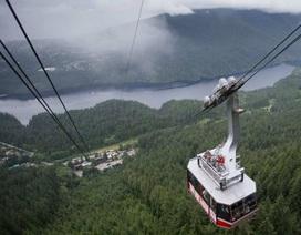 Công ty Trung Quốc mua ngọn núi nổi tiếng của Canada