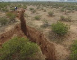Xuất hiện vết nứt khổng lồ dài 3,2 km ở sa mạc Arizona
