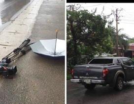 Nhóm phóng viên VTV bị ô tô đâm, nghiền nát máy quay khi đang tác nghiệp
