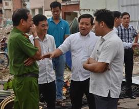 Ông Đoàn Ngọc Hải chỉ huy tháo dỡ 26 căn nhà ở chung cư Cô Giang