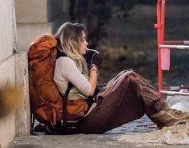Con gái vua nhạc Pop xuất hiện bệ rạc trên đường phố Paris