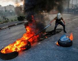 """Thế giới tuần qua: Trung Đông tiếp tục """"dậy sóng"""""""