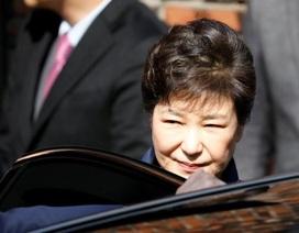Bà Park Geun-hye chính thức bị bắt giam