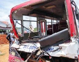 Vụ xe khách tông xe tải: Dang dở mãi ước mơ đại học của hai nữ sinh