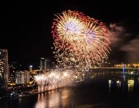 Đà Nẵng bắn pháo hoa chào đón năm mới 2018